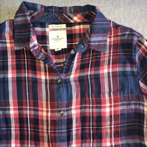 American Eagle Outfitters Boyfriend Fit Plaid Top